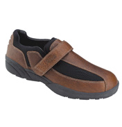 Dr Comfort Douglas Leather/Lycra Shoes in Brown…